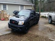 2005 toyota Toyota Tacoma X-Runner Extended Cab Pickup 3-Door